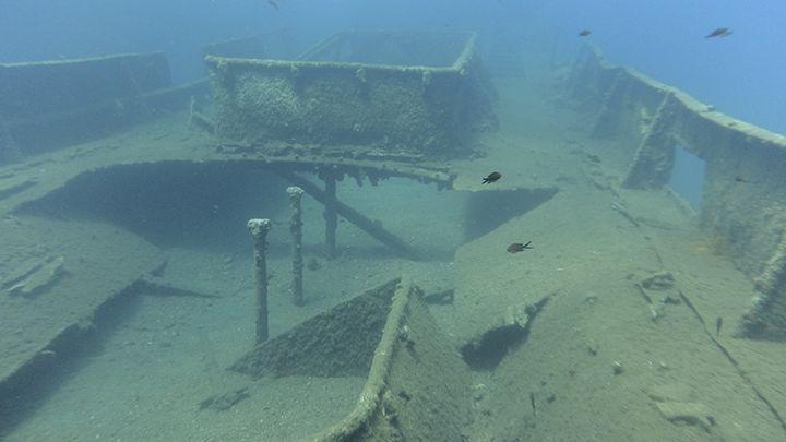 Santorini shipwreck exploration scuba diving