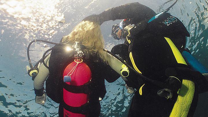padi rescue diver course, Santorini dive shop
