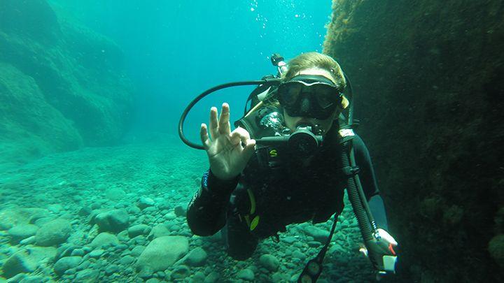 Santorini scuba diving advanced open water padi certification