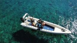 Boat Navys waterworld dive center