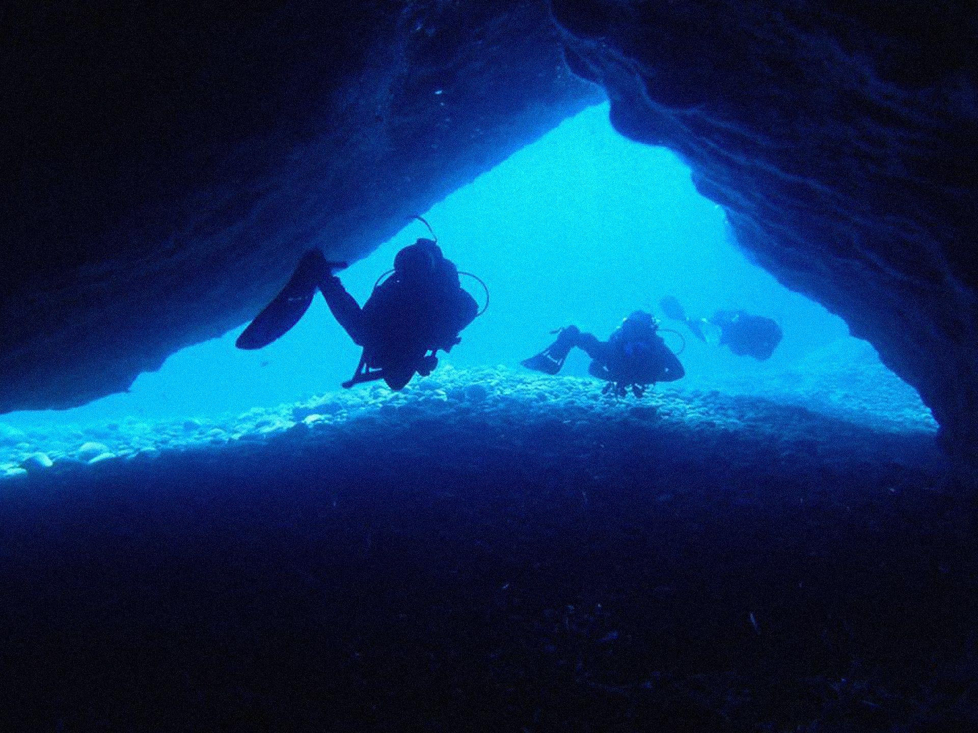 Santorini scuba diving underwater cave